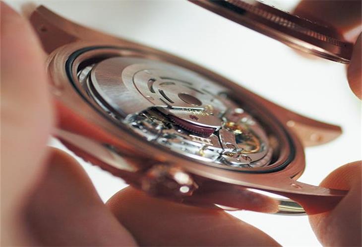 劳力士腕表如何更换电池?