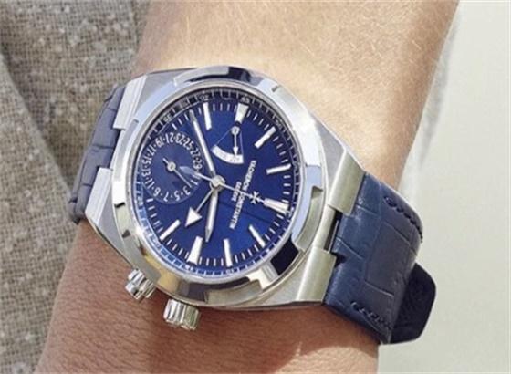 江诗丹顿手表如何更换电池