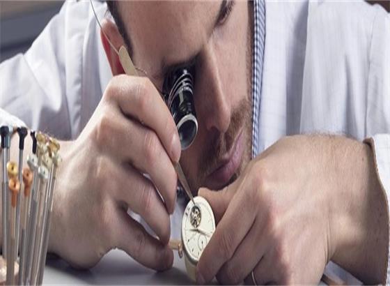 江诗丹顿腕表如何更换表链或表带?