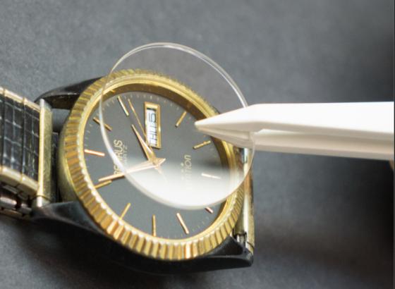 名士腕表如何维修表蒙