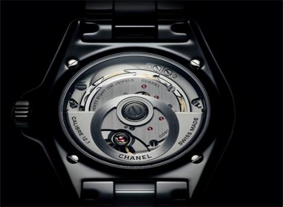 香奈儿Chanel自动手表佩戴时突然停止工作,不走了?