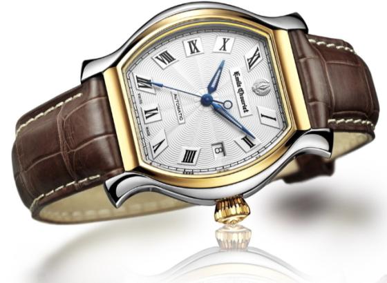 如何修复手表表壳和表带的划痕?
