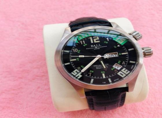 波尔腕表更换电池售后维修
