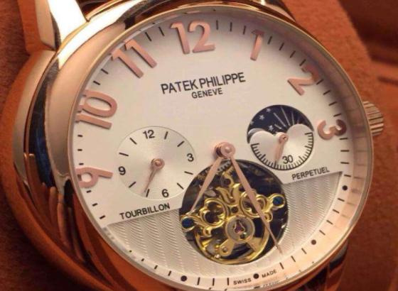 百达翡丽手表表多长时间洗油?