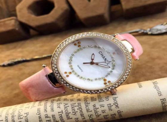 香奈儿手表怎么辨别真假?