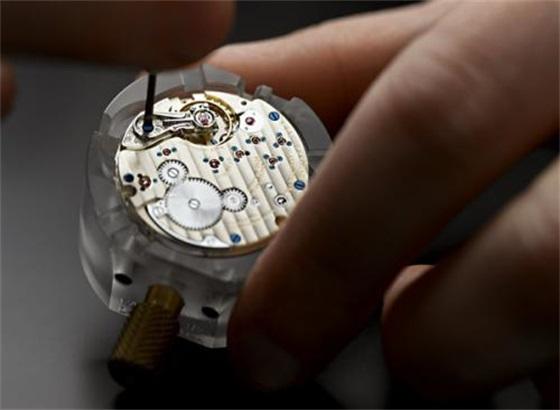 朗格手表的保养方法