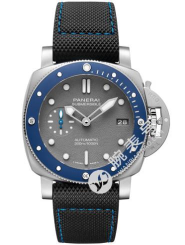 沛纳海Panerai潜行系列Submersible专业潜水 42mm腕表 PAM00959蓝色表底盖
