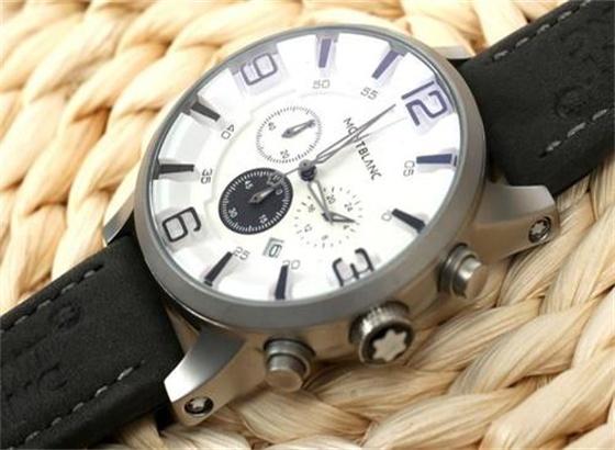 万宝龙手表怎么换电池,怎么知道手表没电了