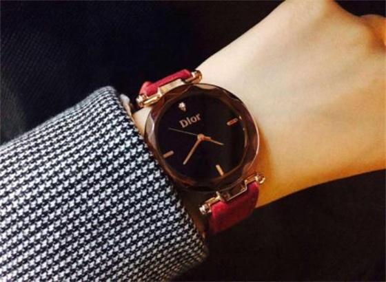 迪奥手表的佩戴要注意哪些问题?
