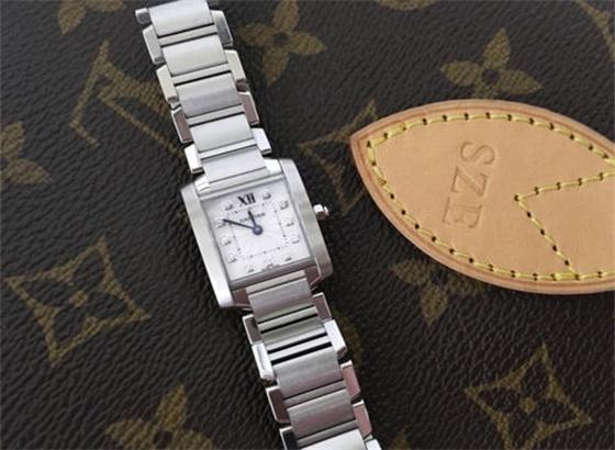 路易威登手表佩戴久了,需要如何进行清洗保养?