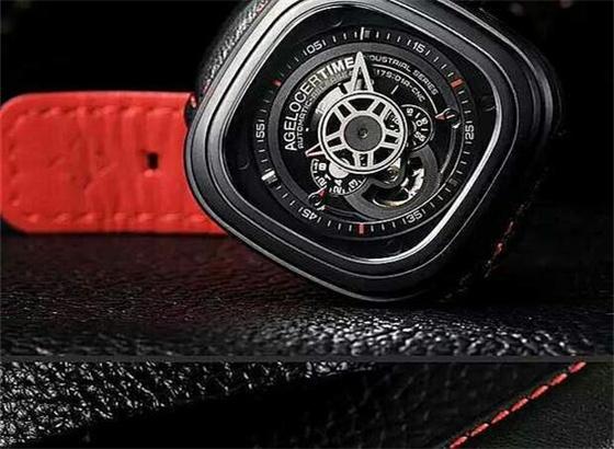 关于艾戈勒手表调日期以及时间
