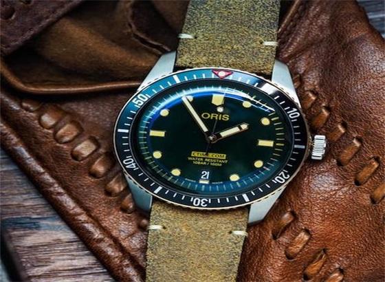 豪利时手表的保养周期