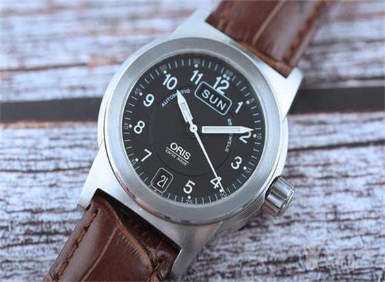 豪利时手表皮表带的保养