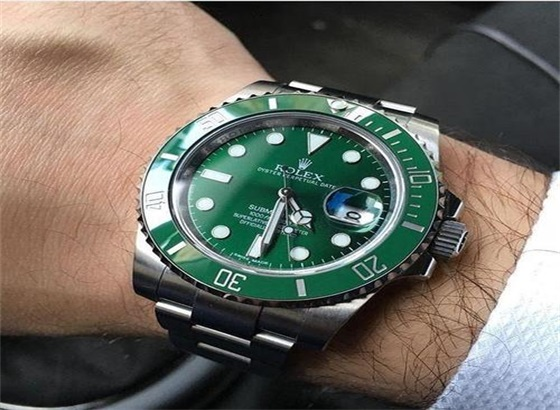 劳力士绿水鬼手表的电池更换