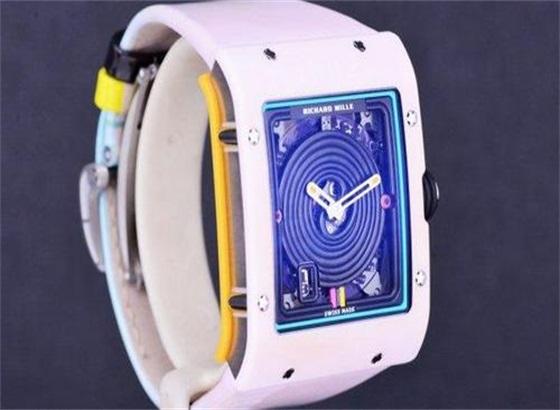 里查德米尔手表镜面划花了怎么办啊?