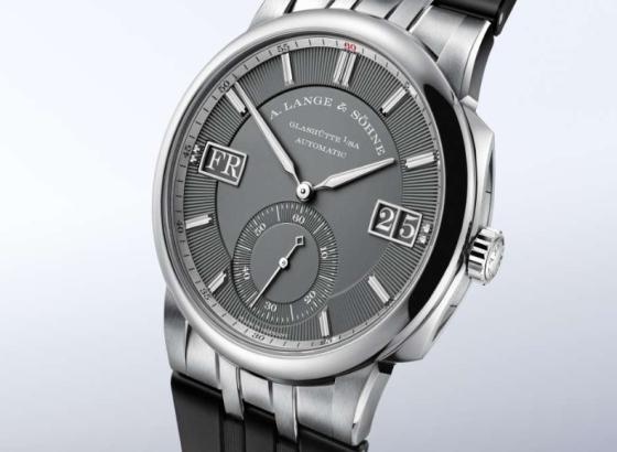 朗格手表更换电池方法
