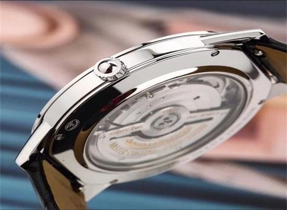 积家手表表壳维修