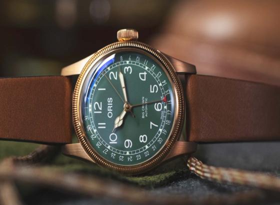 大皇冠指针日期青铜豪利时腕表