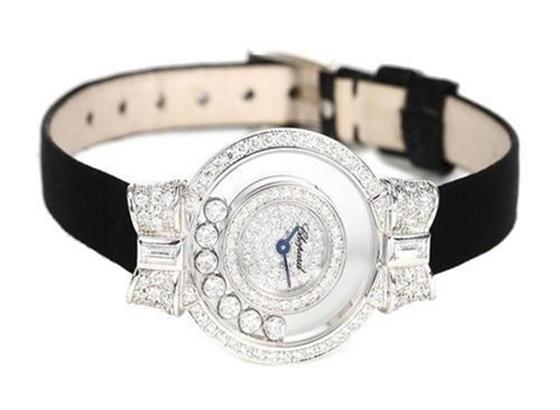 萧邦手表——Happy Diamonds系列表带的更换