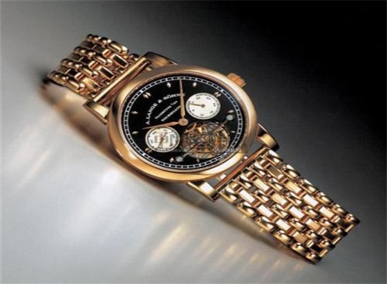 朗格手表进水的处理方法
