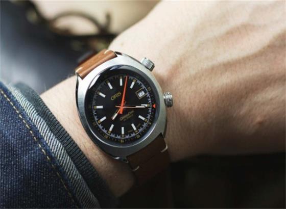 豪利时日常运动手表
