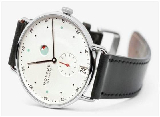 NOMOS手表在什么时候不能设置时间呢?