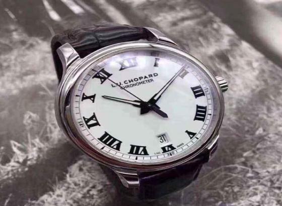 萧邦手表表蒙坏了怎么办?