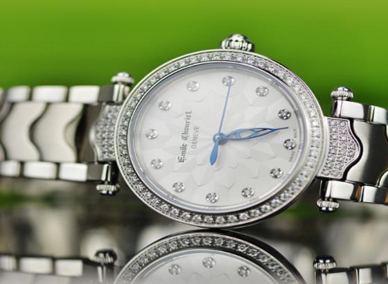 艾米龙手表多久保养一次一次多少钱