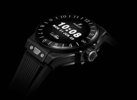 如何更换宇舶手表的表带?