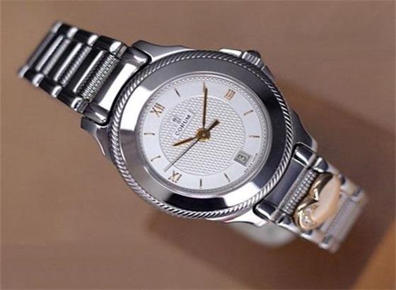 昆仑手表的外观及零件保养