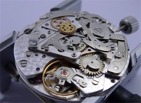 雷达手表保养送修