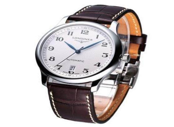 浪琴陶瓷腕表更换表带