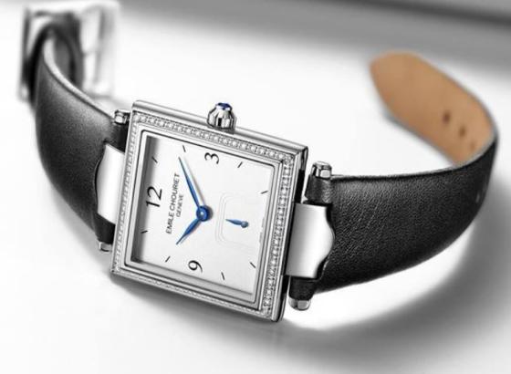 艾米龙自动上链手表上发条