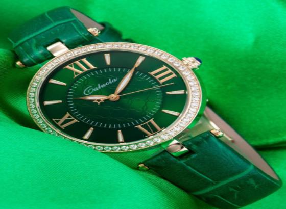 帝舵石英手表电池能使用多久
