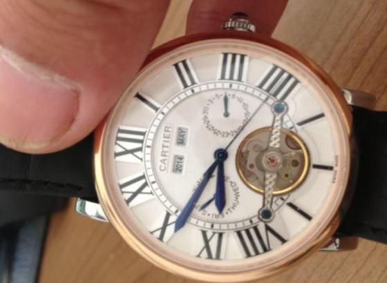 卡地亚手表表镜碎了怎么办