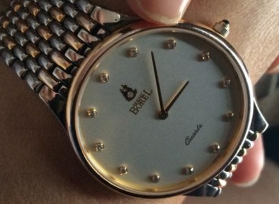 依波路手表表壳维修