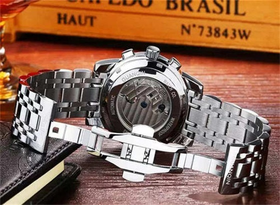 百达翡丽手表的表壳