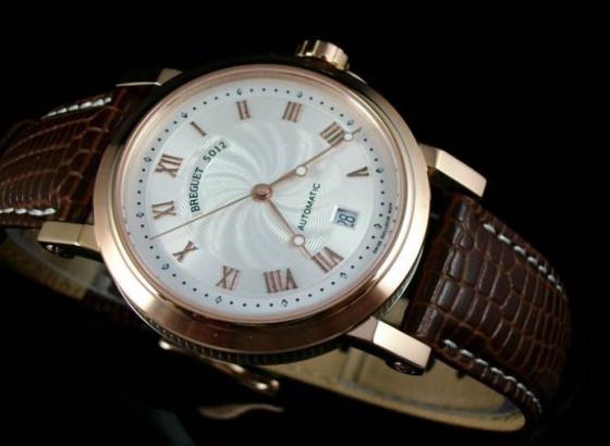 宝玑手表表镜划痕怎么办