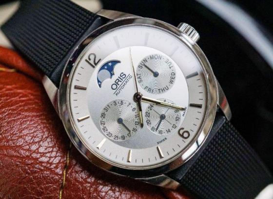 豪利时腕表如何更换表盘