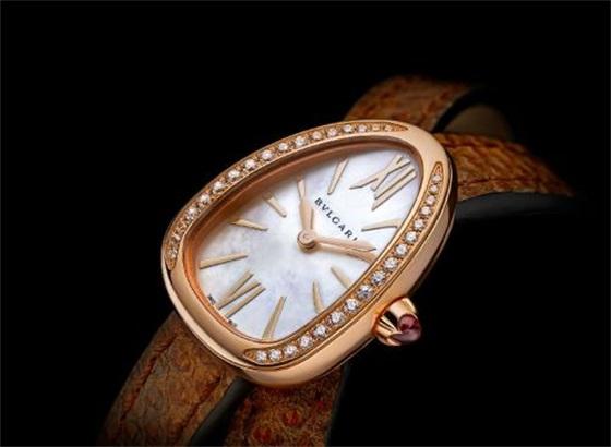 宝格丽手表如何给手表上油