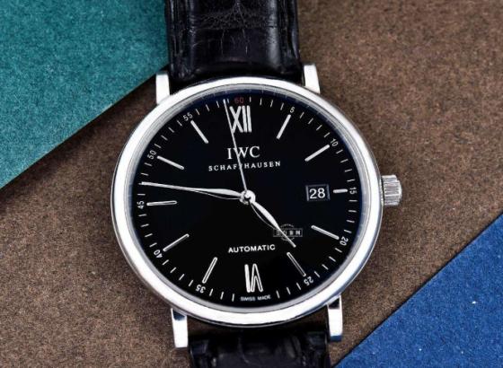 万国达文西计时陶瓷腕表