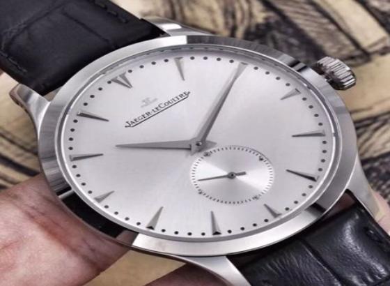 积家手表如何保养石英表