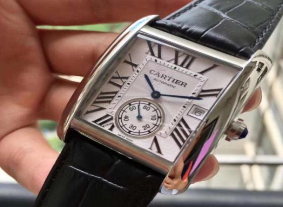 卡地亚手表调日期图解