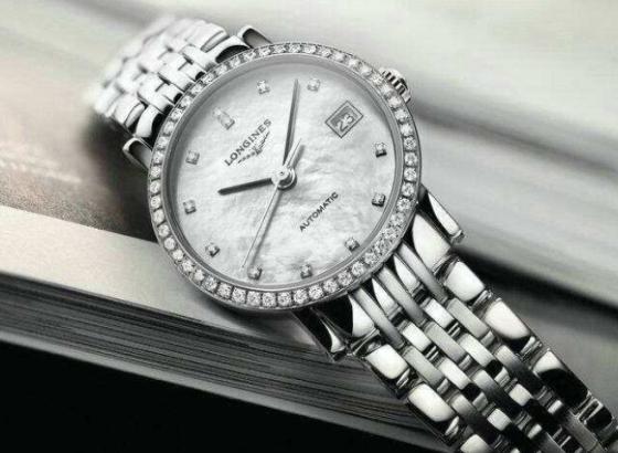 浪琴腕表怎样保养表带