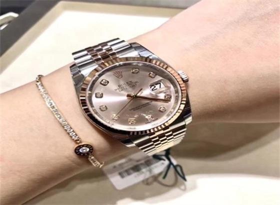 劳力士蚝式恒动31:优雅女性腕表
