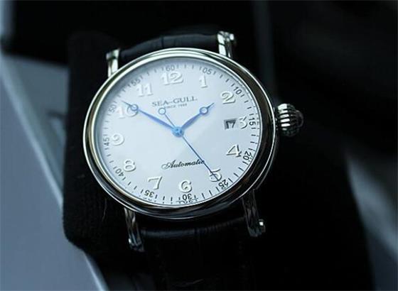 海鸥手表停止运转该怎么办?