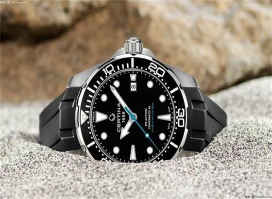 雪铁纳手表保养需要多长时间