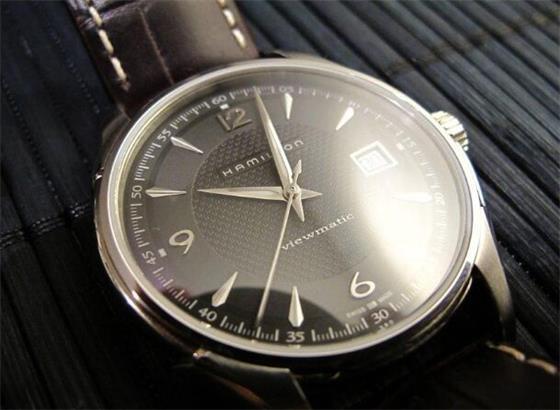 如何在汉米尔顿手表上使用转速表