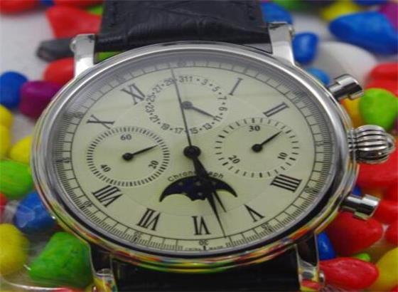 海鸥腕表更换表带