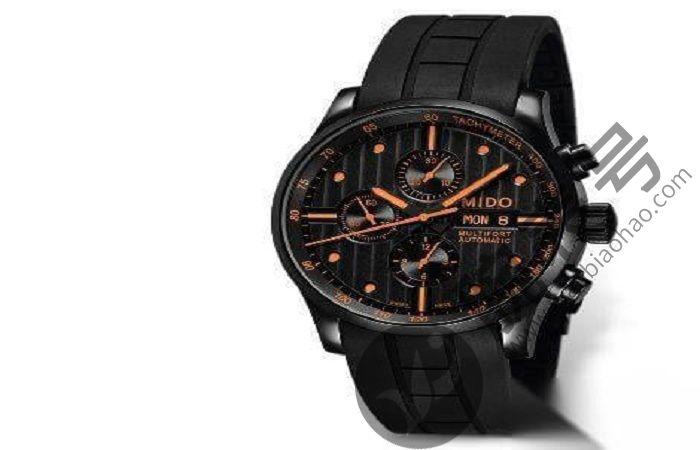 如何清除美度手表中的水分